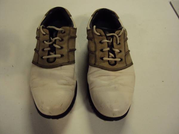 Photo Used GC Pair of Footjoy Countour Golf Spikes - Size 10.5 Wide - $17 (Mokena, IL.)