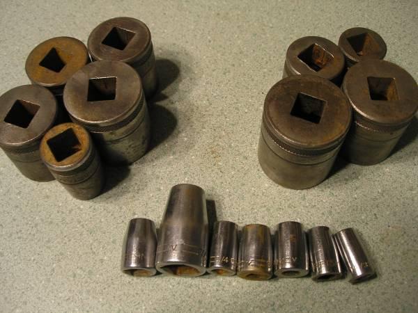 Photo VINTAGE craftsman sockets v series-h- series -be series LOOK3939 - $30 (WOOD DALE IL.)