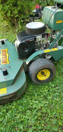 Photo Vintage 48quot Bunton walk behind commercial mower like new - $1,050 (AURORA)