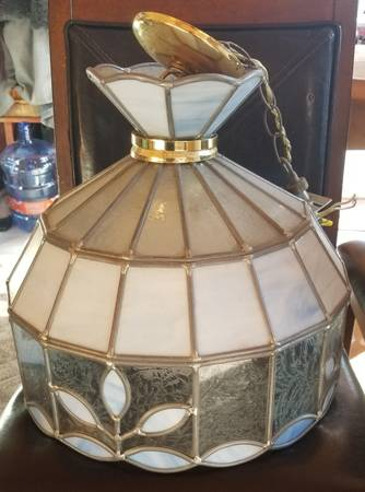 Photo Vintage Stained Glass Chandelier - $125 (Crete, IL)
