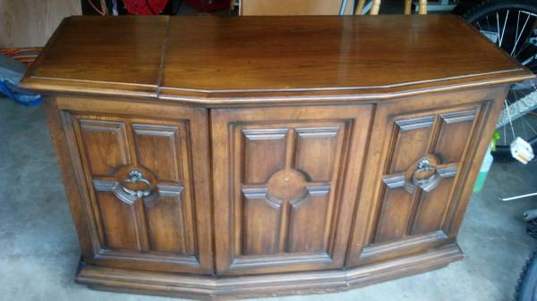 Photo Vintage The Fisher Console Stereo Record Player Wood Cabinet - $260 (Roselle)