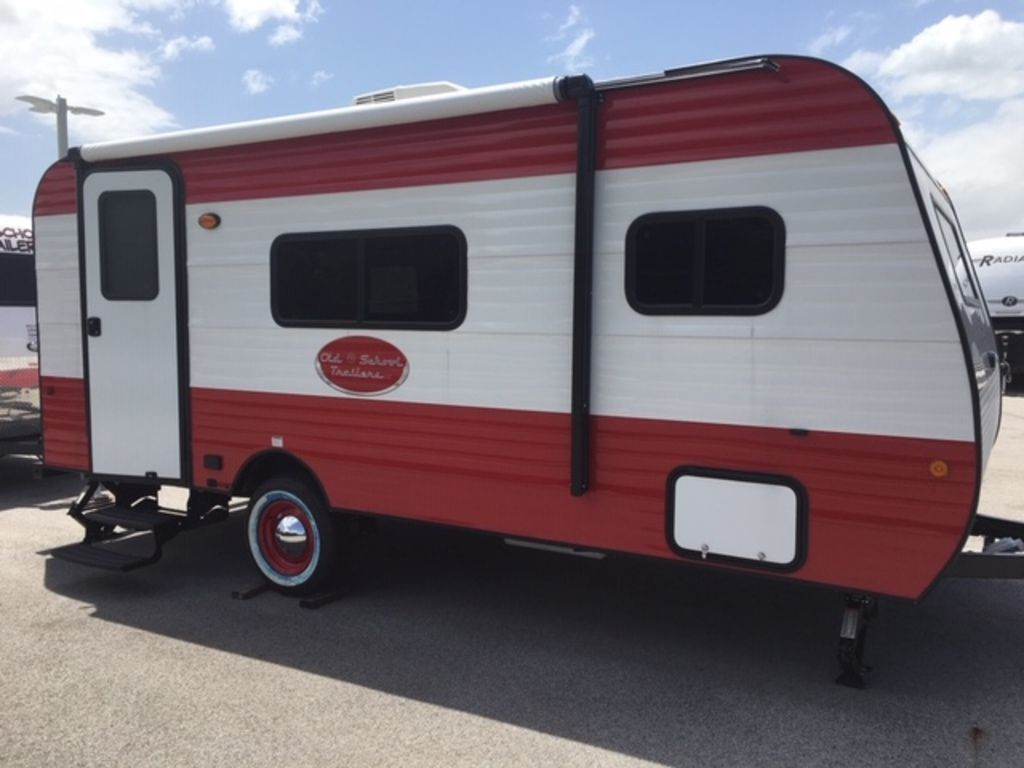 Photo 2021 Old School Trailers 818 $17995