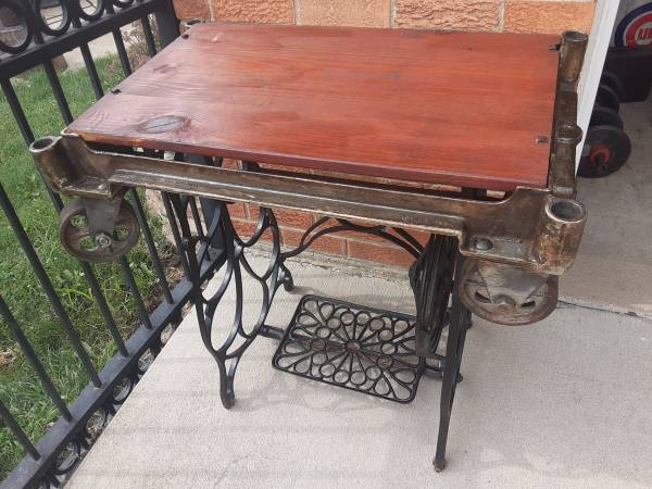 Photo early MCM reclaimed cart table cast iron wheels - $175 (lyons industrial)