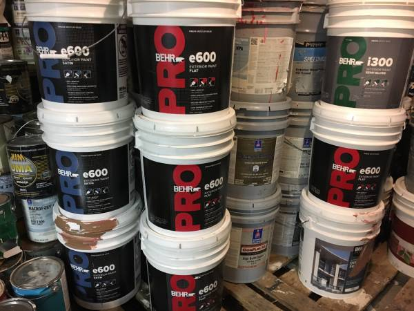 Photo sherwin williams,Benjemi all brands and all styles indoor,outdoor etc. - $10 (Chicago)