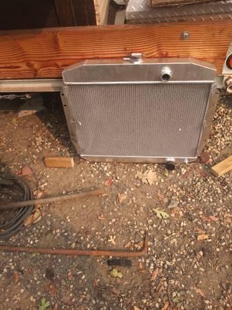 Photo 1961-1964 ford truck radiator new COPPER.BRASS - $400 (Chico area)