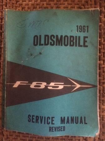 Photo 1961 Oldsmobile F85 Service Manual - $15 (Oroville)