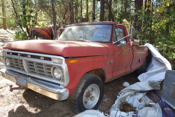 Photo 1973 Ford F350 Pick Up Truck - $3,500 (Oroville)