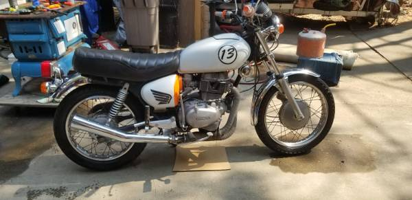 Photo 1977 Honda CB 400 - $2,600 (Magalia)
