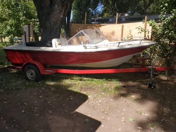 Photo 1979 ranger boat - $1,500 (Los molinos)