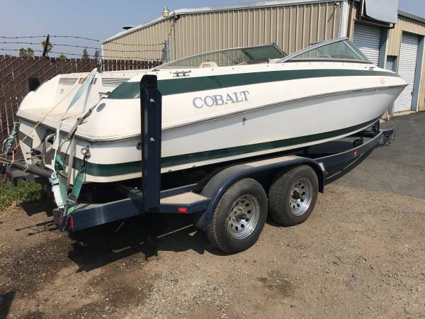 Photo 1999 Cobalt 22 ft open bow. No engineoutdrive. Great project boat . - $5,450 (Richmond)