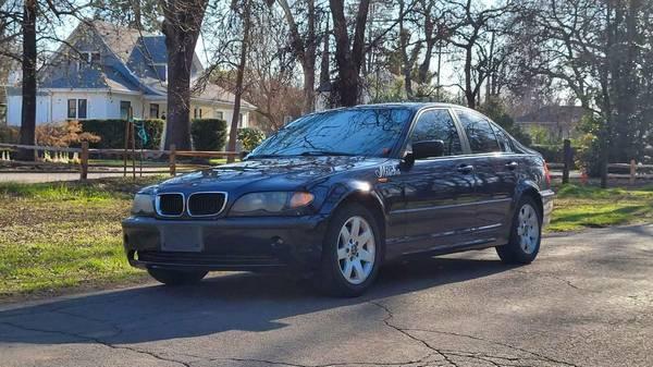 Photo 2002 BMW 325i - $3,475 (Chico)