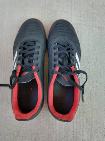 Photo Adidas Indoor Soccer Shoes--Size 6 - $10 (CHICO)