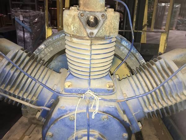 Photo Air Compressor (less the motor) - $45 (Chico)