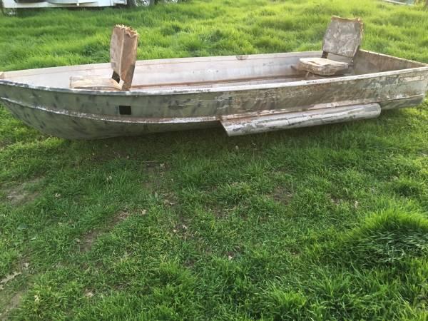 Photo Aluminum sea king - $200 (Gridley)