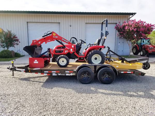 Photo Branson 2400H Tractor with Loader, Mower, Box Scraper, AND Trailer - $20450 (Red Bluff, CA)