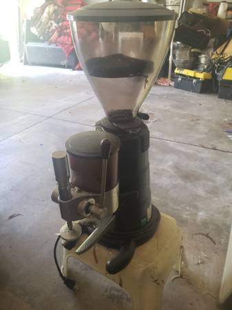 Photo Commercial Coffee Grinder - $500 (Chico)