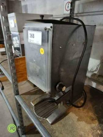 Photo Commercial Cory coffee grinder.CCG-3 With Automatic shut-off timer.. - $200 (Chico)