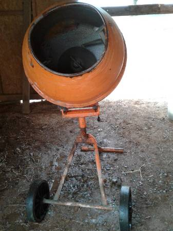 Photo Electric Concrete Mixer - $130 (Oroville off Foothill)