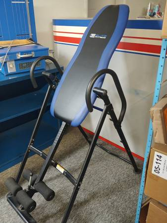 Photo Inversion Table -Elite Fitness - like new - $85 (Chico)