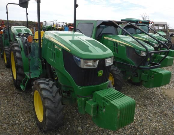 Photo John Deere Tractors - $36,000 (Merced)