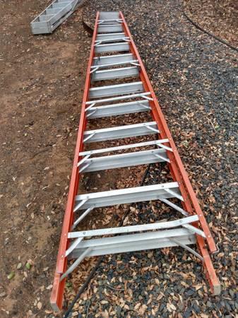 Photo Ladder, 12 ft. step, fiberglass, A-frame - $85 (Oroville, Kelly Ridge)