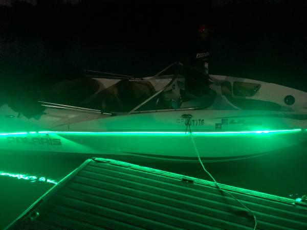 Photo Look Look Beautiful 2004 Polaris Jet boat Runs Excellent must go - $7,500 (Natomas)