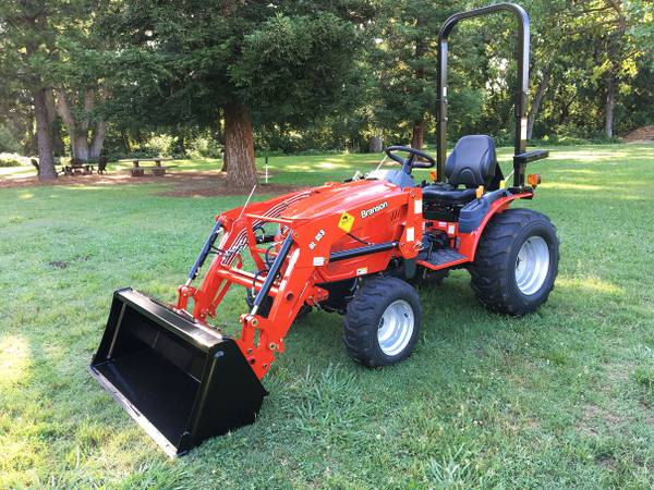 Photo Meet the New 4WD, 24HP Branson 2505H Tractor with Loader - $13950 (Red Bluff, CA)
