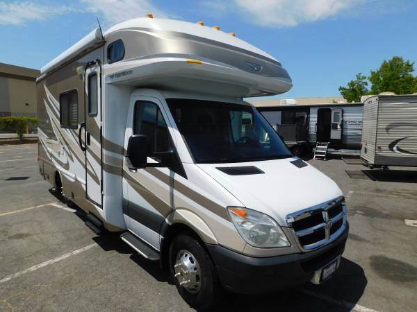 Photo RV FLEETWOOD PULSE 21 CLASS B MBS DIESEL CABOVER MOTORHOME W SL - $72,300 (GOLD COUNTRY RV)