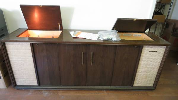 Photo Sabe 4000 Automatic Tube Stereo Console German - $2,000 (Corning)