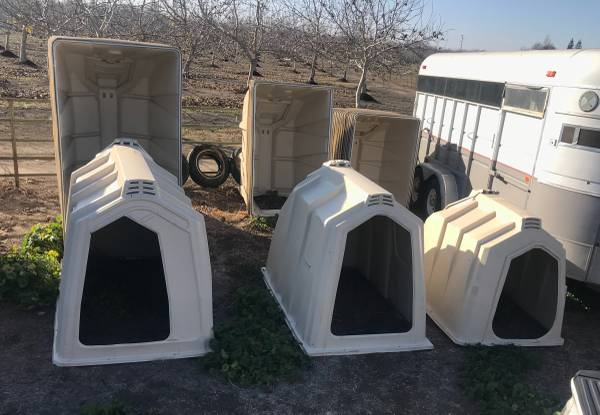 Photo Small Livestock Wind and Rain Barn Portable Shelters starting at - $335 (Durham)
