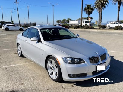 Photo Used 2009 BMW 335i Coupe for sale