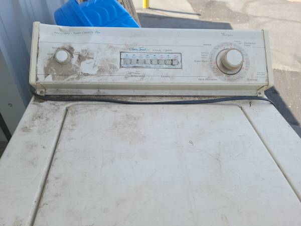Photo Whirlpool washer, heavy duty FREE (Oroville)