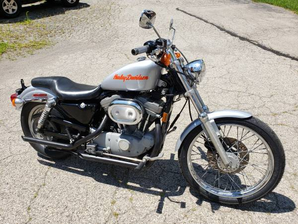 Photo 1999 Harley-Davidson XL883 Sportster - $3,499 (Williams Vintage Cycle - Xenia, OH)