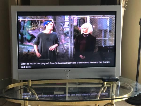 Photo 42 inch Sony flat screen - $25 (Vandalia)