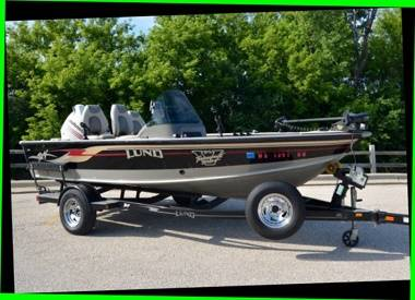 Photo Barely Used 2003 lund 1775 proV boat for sale - $1,400 (chillicothe)