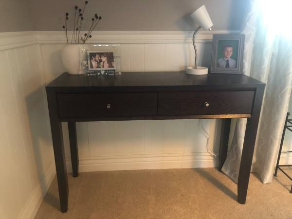 Photo Desk with drawers - $60 (Kettering)