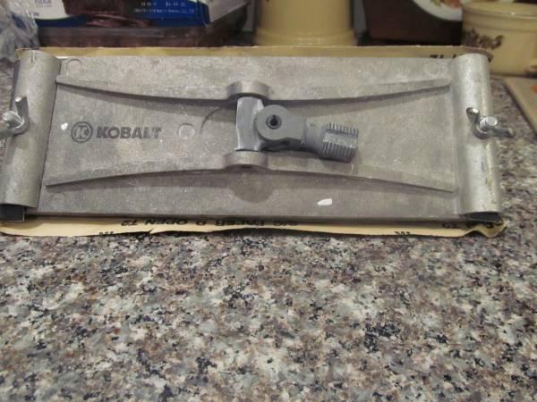 Photo Kobalt drywall sanding padhead - $10 (Fairborn)