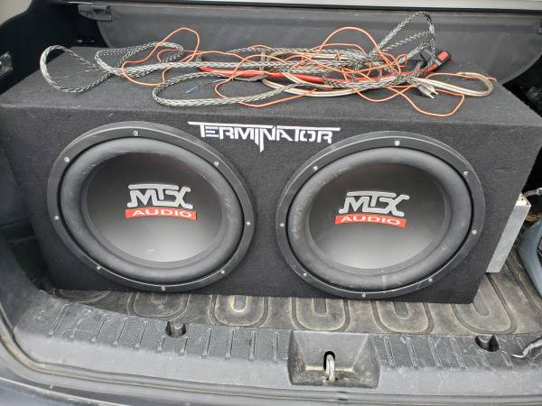 Photo Terminator mtx audio sub with boss 1100  and agm power cell - $225 (Circleville)