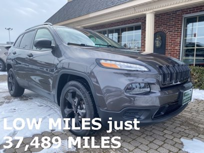 Photo Used 2016 Jeep Cherokee 4WD Sport for sale