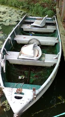 Photo 13 ft Jon Boat and trolling Motor - $500 (Walton)