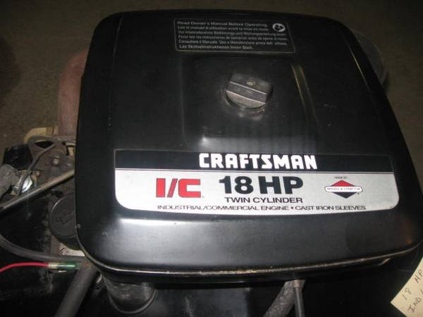 Photo 18 hp briggs and stratton motor - $1 (Reading)