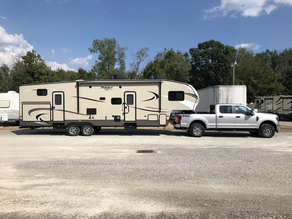 Photo 2018 Keystone hideout 308BHDS - $29,900 (Harrison, OH)