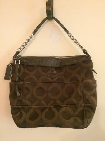 Photo Authentic Coach 14127 Tribeca optic Art hobo shoulderbag purse - $15 (Withamsville)