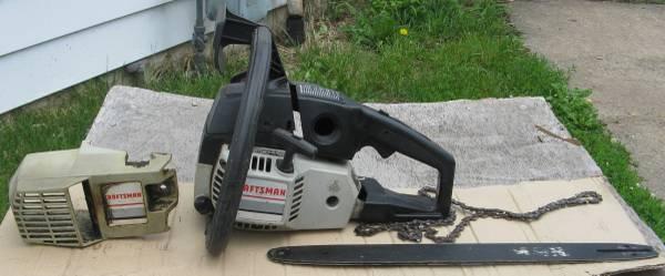 Photo Craftsman 358.356230 Poulan 2400 Chainsaw Chain Saw - $25 (Harrison)