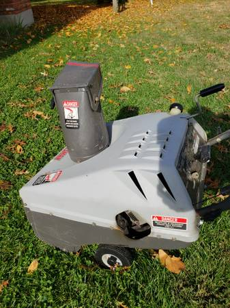 Photo Craftsman Snow blower-Electric Start - $125 (Anderson Twp)