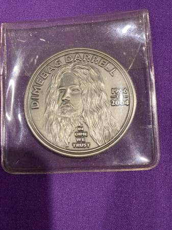 Photo Dimebag Darrell 2011 Revolver Coin - $40 (Georgetown)