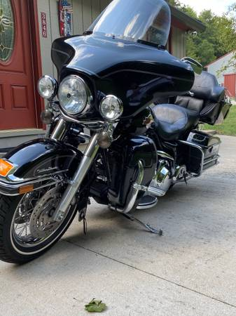Photo Harley Ultra Classic - $9,200 (Petersburg)