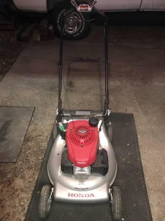 Photo Honda mower smart drive - $200 (Miamitown)