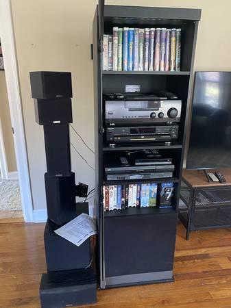 Photo Kenwood Panasonic Surround Sound Stereo System VCR CD DVD  movies - $200 (Cincinnati  Wyoming)