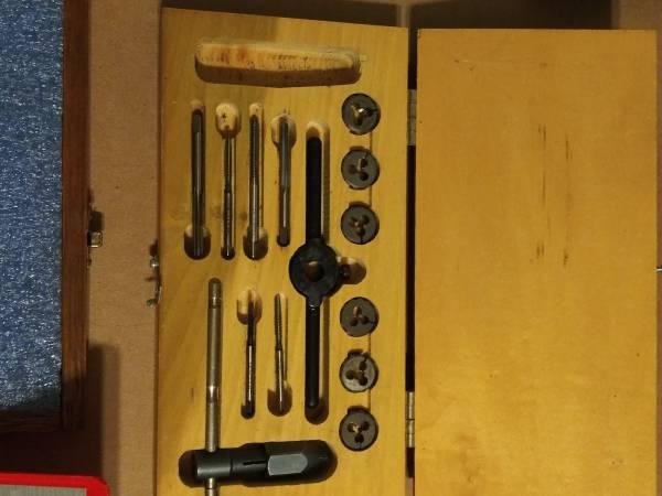 Photo Machinist tools Big lot brownsharpe snap on starrett - $700 (Cincinnati)